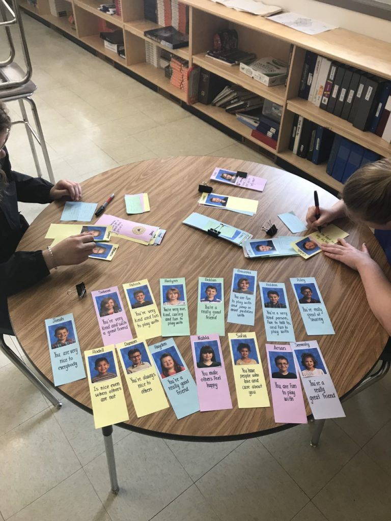 Making Bookmarks for Elementary